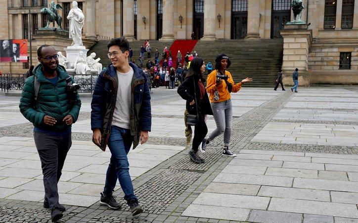 Berlin Global Travel M21